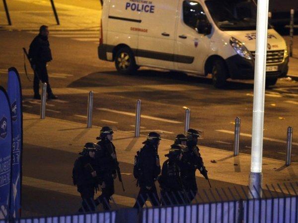 В Париже взорвался мотоцикл перед зданием посольства Иордании