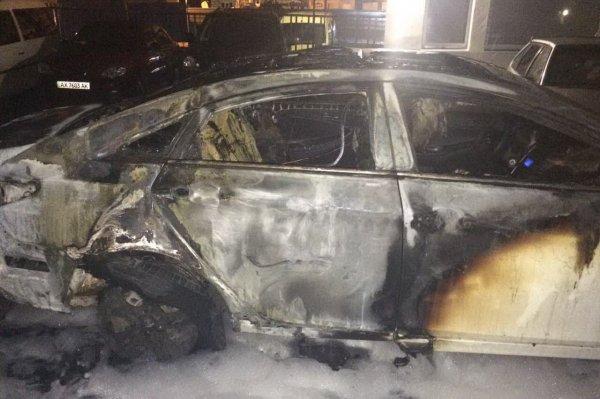 Мужчина сгорел в своей машине вследствие ДТП в Ростове