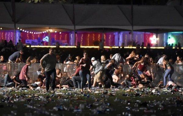 Смартфон спас женщине жизнь во время стрельбы в Лас-Вегасе