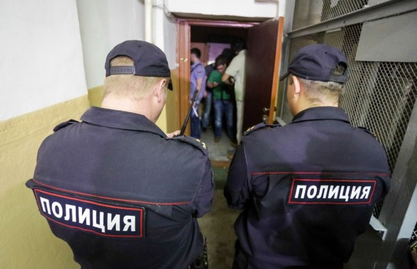 У сотрудников по «делу ЮКОСа» проводятся обыски