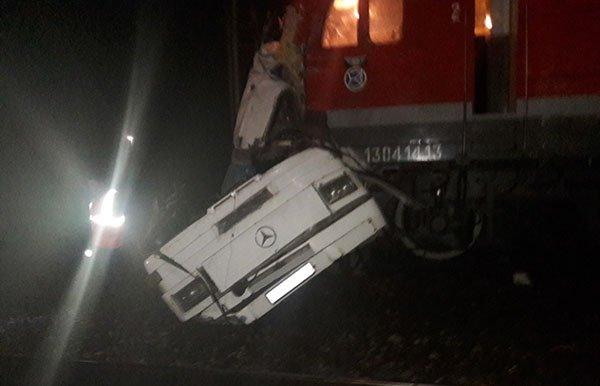 Выжившие рассказали подробности ДТП автобуса и поезда под Владимиром