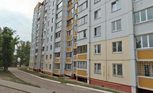 16-летняя жительница Воронежа выпала из окна многоэтажного дома