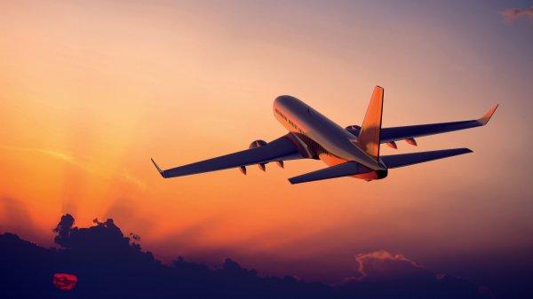 Летевший из Праги в Москву самолет вернулся обратно из-за поломки