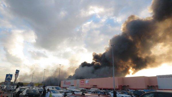 Уничтоженный пожаром рынок «Синдика» был застрахован на 4 млрд рублей