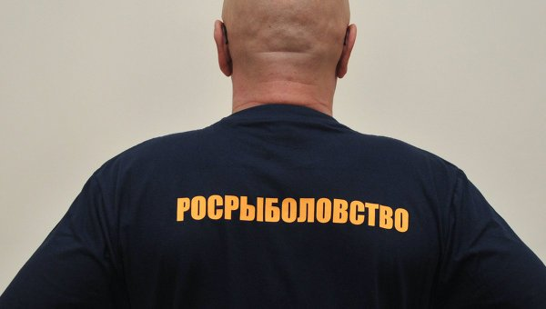 В Приморье пьяные сотрудники Росрыболовства полмесяца держали поселок в блокаде