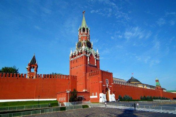 Гражданин с психическим расстройством искал портал в другой мир в Кремле