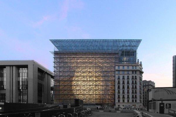 Здание Совета ЕС эвакуировали из-за дыма