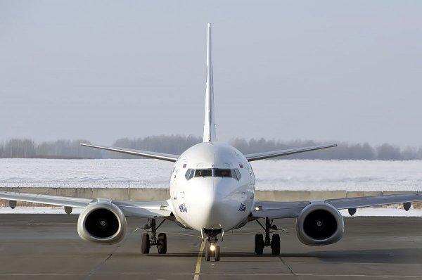 Во Внуково приземлился аварийный «Боинг-737»
