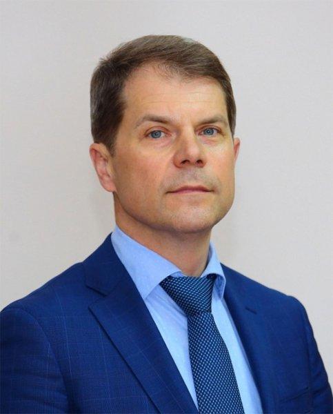 Глава иркутского Минздрава не помог пассажиру в самолете
