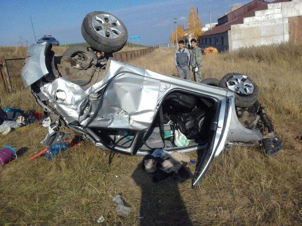 В ДТП с грузовиком в Ивановской области погибли три человека