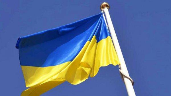 В Одессе 40 неизвестных в балаклавах вывезли военное имущество из части ВСУ