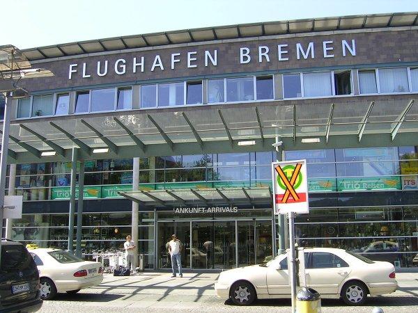 Из-за происшествия с частным самолетом из России аэропорт в Бремене закрыли