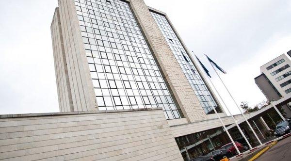 Бывшего министра финансов Эстонии подозревают в педофилии