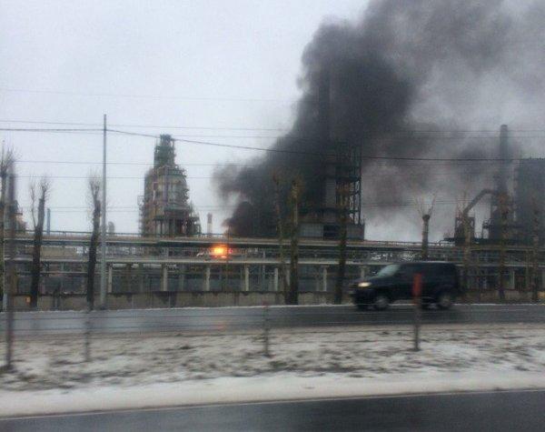 В Ярославле при пожаре на НПЗ скончался рабочий