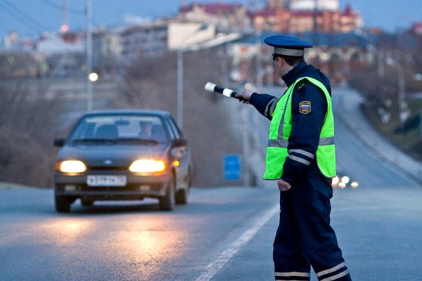 В Мытищах водитель сбил сотрудника полиции