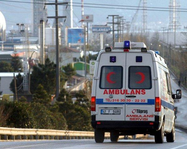 В Волгограде неизвестный на Кадиллаке сбил двух мужчин и скрылся
