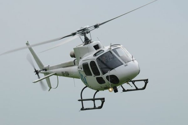 В Ненецком округе после жесткой посадки перевернулся вертолет