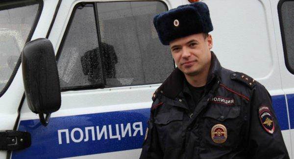 В Ростове обнаженный мужчина рычал на прохожих