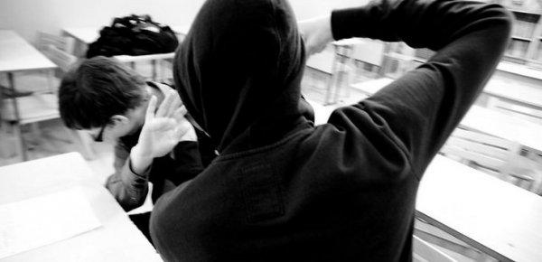 В Ростове девятиклассник зверски избил младшего школьника