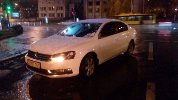 В центре Киева российский дипломат сбил женщину с ребенком