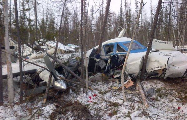 В Хабаровском крае с упавшего самолета достали «черные ящики»