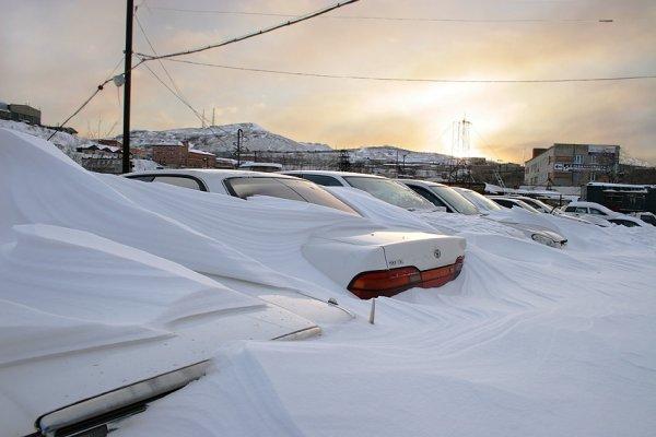 Обильный снегопад во Владивостоке спровоцировал почти 350 ДТП