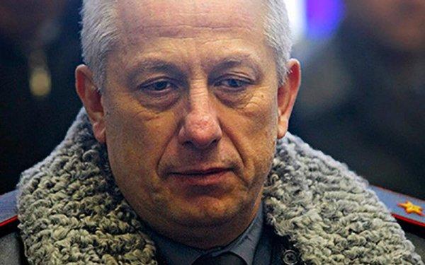 Генерала, проходящего по делу Захарченко, взяли под госзащиту