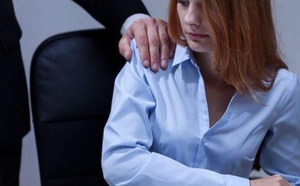 На Украине директор построил сауну в лицее, чтобы заниматься сексом с учительницами