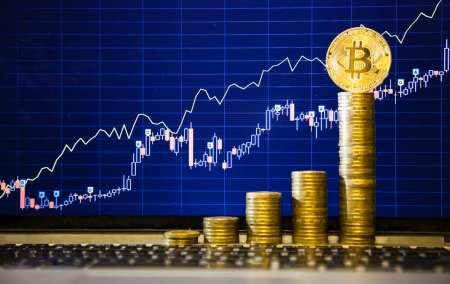 Стоимость биткоина поднялась выше 9 тыс долларов