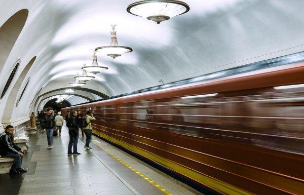 Станцию метро «Купчино» в Санкт-Петербурге временно закрыли