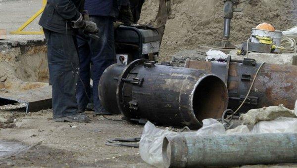 В Красноярске авария на трубопроводе спровоцировала обвал грунта и лишила жителей отопления
