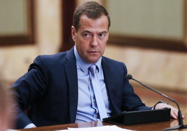 Медведев потребовал найти виновных в неудачном запуске ракеты «Союз»