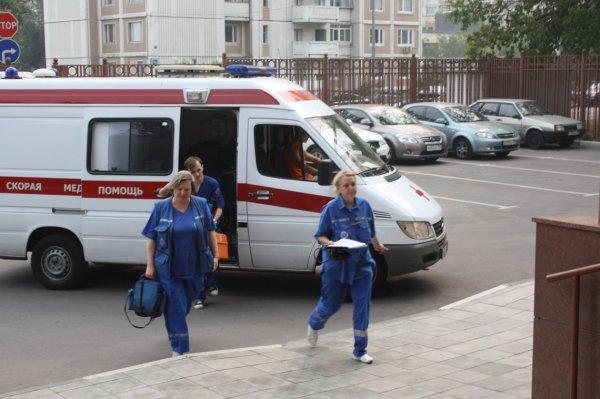 Преступник выстрелил мужчине в лицо в центре Москвы