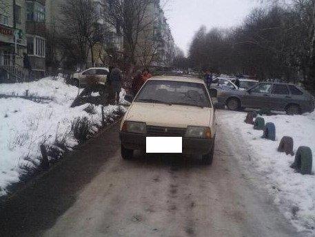 На Ставрополье первоклассница оказалась под колесами легковушки