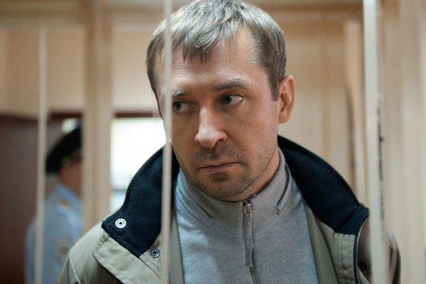 Адвокат: У семьи Захарченко отобрали последние деньги