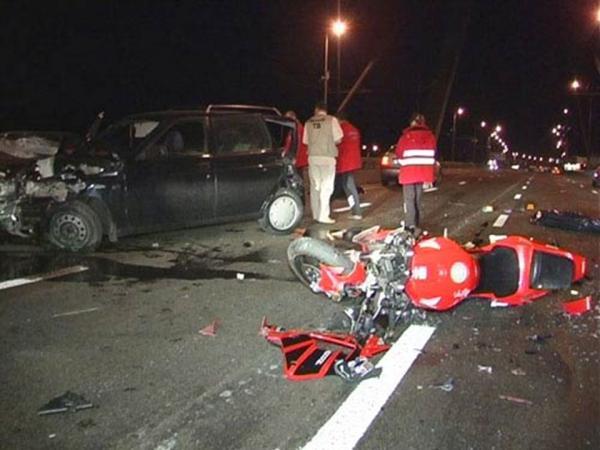 Погибший в аварии на МКАД байкер оказался злостным нарушителем
