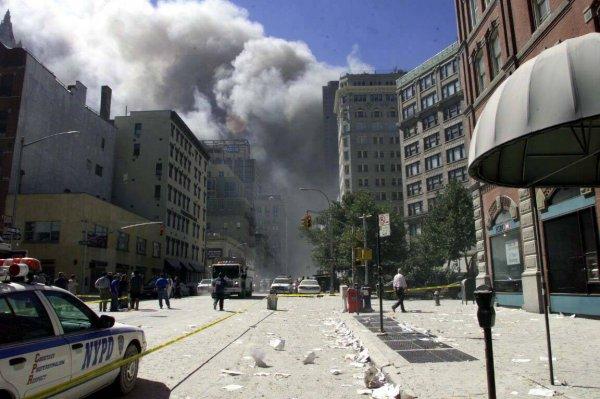 Полицейский, первым пришедший на помощь при теракте 9/11, был найден мертвым