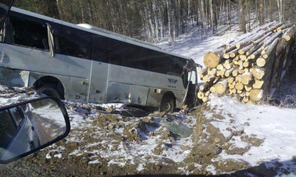 ГИБДД назвало причину страшной аварии с автобусом под Иркутском
