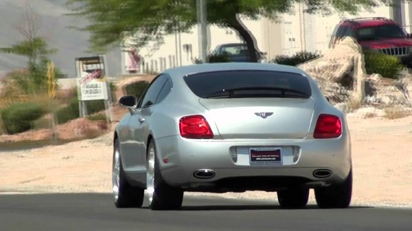 В Петербурге угнали Bentley Continental GT за 1,5 млн рублей