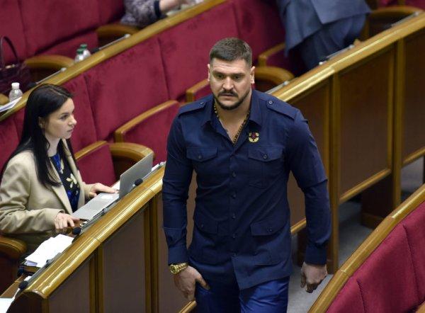 Украинский губернатор вернулся из Киева с побоями