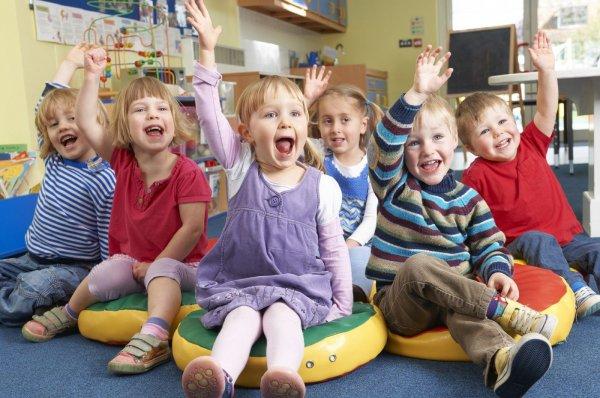 В Петербурге подросток домогался детей в детском саду