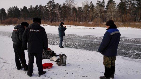 Из реки в Москве выловили тело мужчины