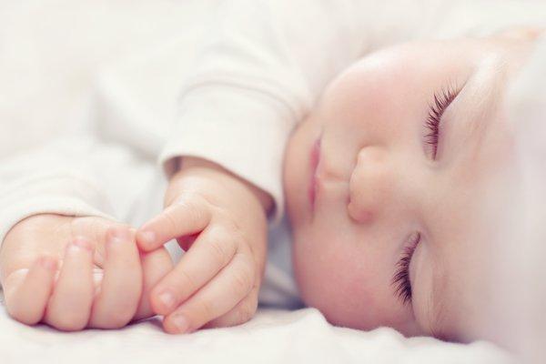 В Великобритании медики случайно пробили голову младенца скальпелем