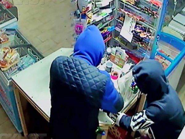 Жители Ростова стали грабить магазины от голода