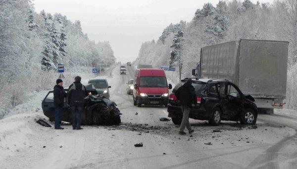 В Карелии на шоссе произошло жуткое ДТП