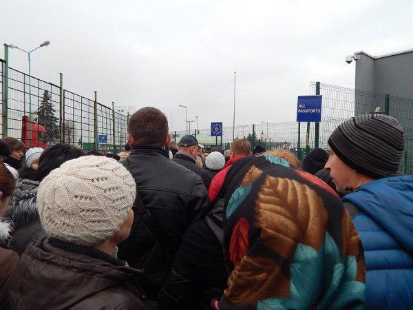 Протестующие заблокировали границу между Украиной и Польшей из-за ограничений на ввоз товаров