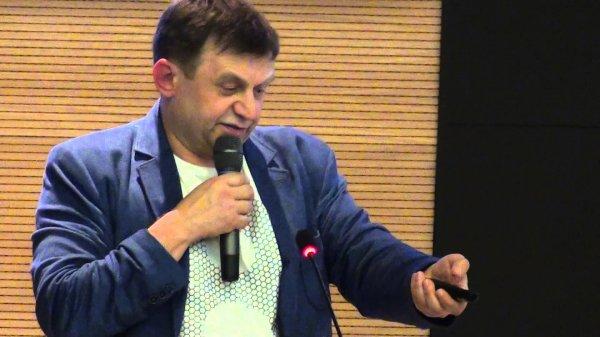 В Новосибирске скончался капитан команды КВН НГУ Владимир Дуда