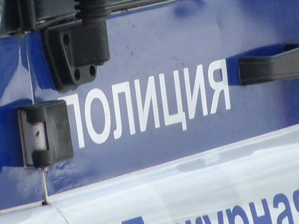 Под Красноярском мужчина избил жену-учителя на глазах у школьников