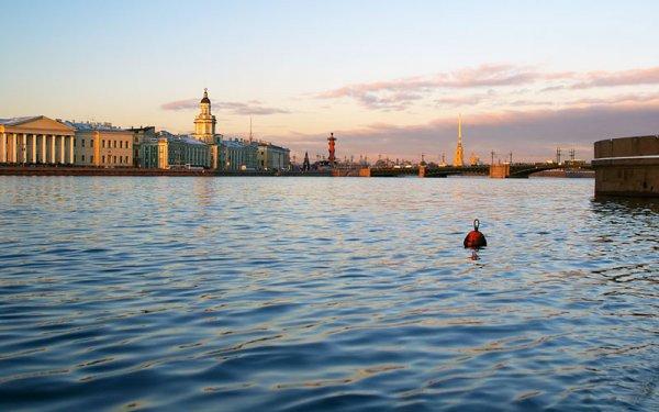 Впервые за 15 лет произошел сильнейший разлив Невы в Санкт-Петербурге