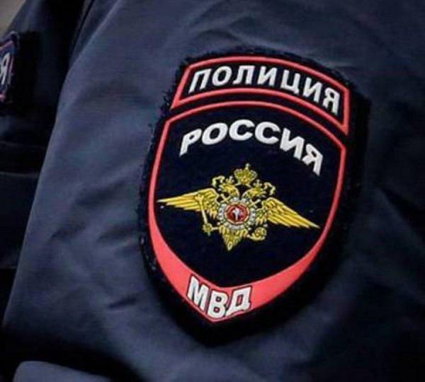 Российские полицейские использовали огнетушитель для измерения промилле у задержанных
